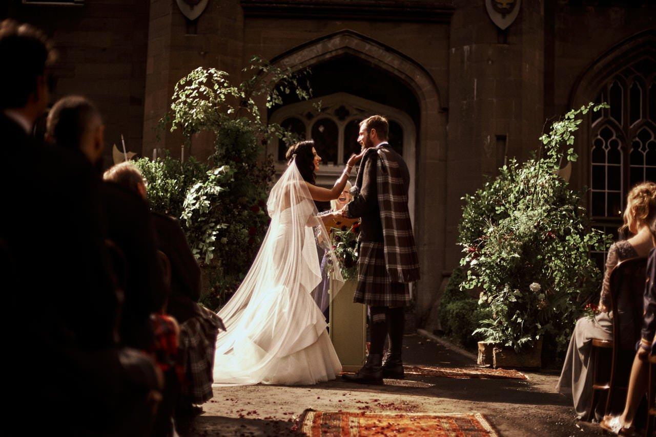 wedding scotland drumtochty castle 054