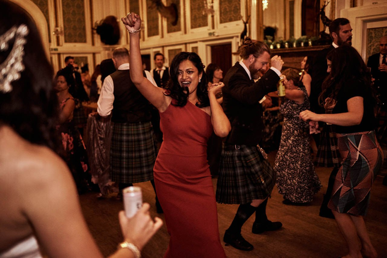 wedding scotland drumtochty castle 094