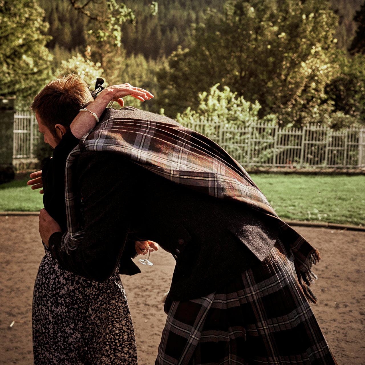 wedding scotland drumtochty castle 155