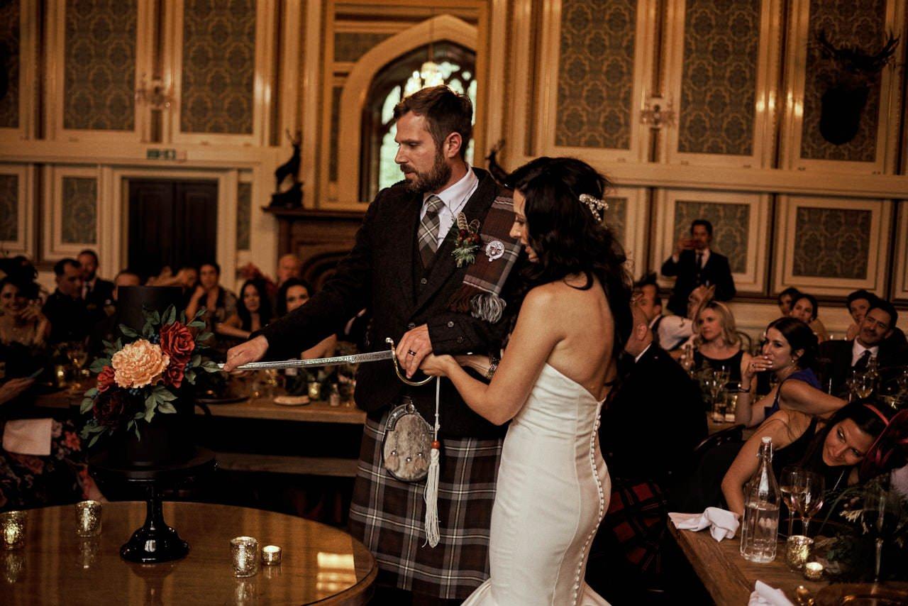 wedding scotland drumtochty castle 159