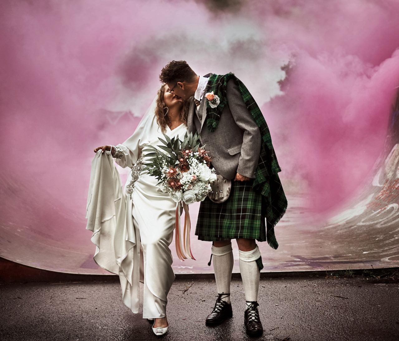 Wedding Smoke Bomb Photograps